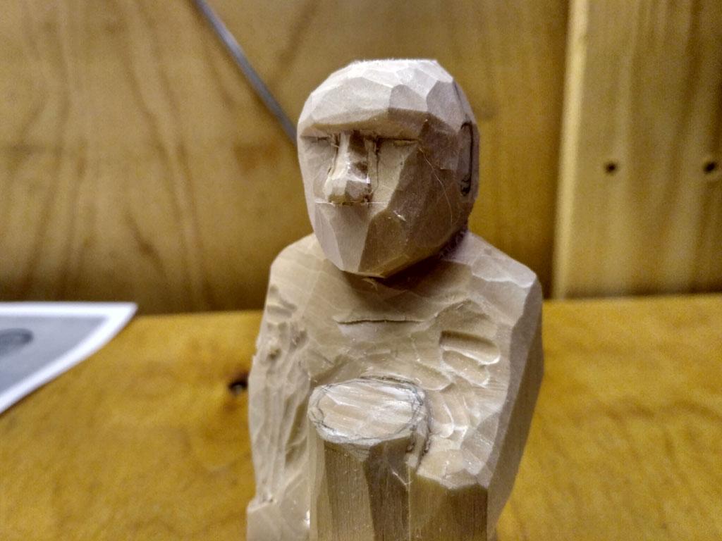 Работа над фигуркой монаха. Видео.